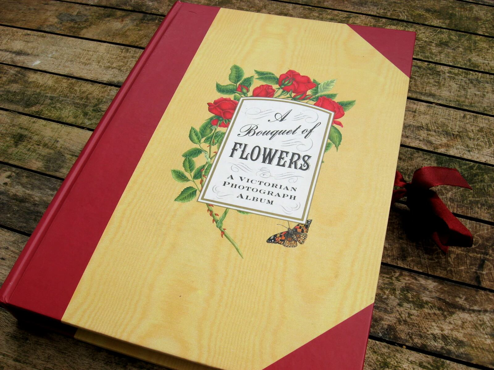 Bouquet of Flowers Photo Album at PumpjackPiddlewick