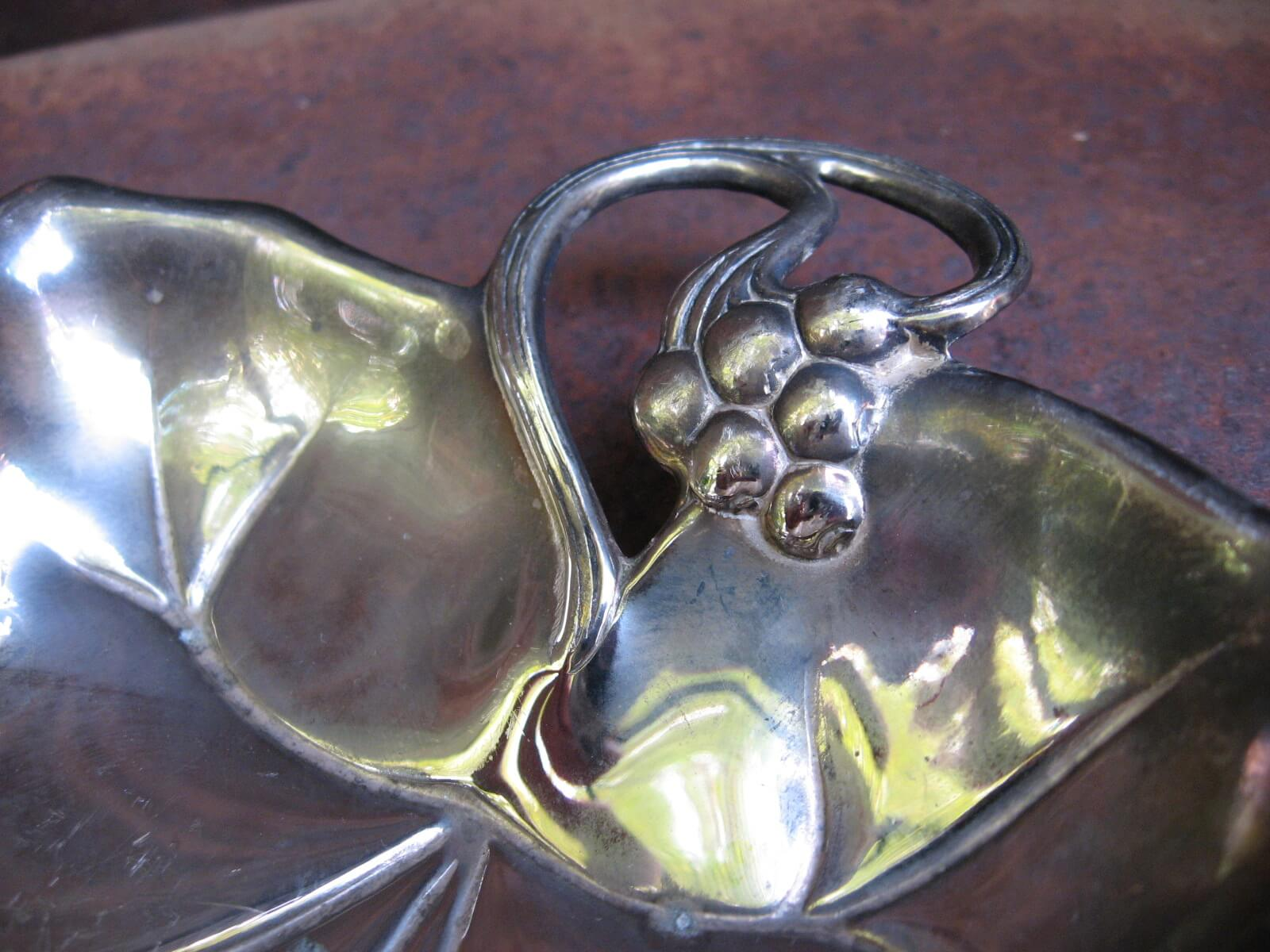 silver vine leaf tray at PumpjackPiddlewick