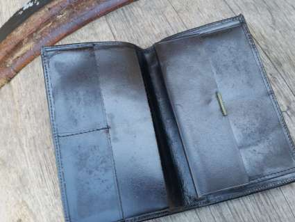 all leather wallets French style at PumpjackPiddlewick