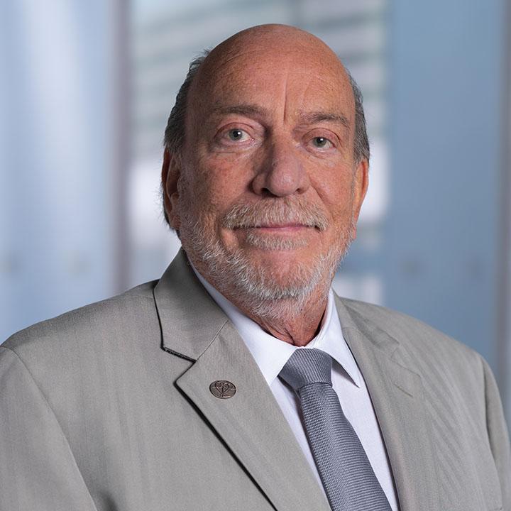 Stephen R. Igo