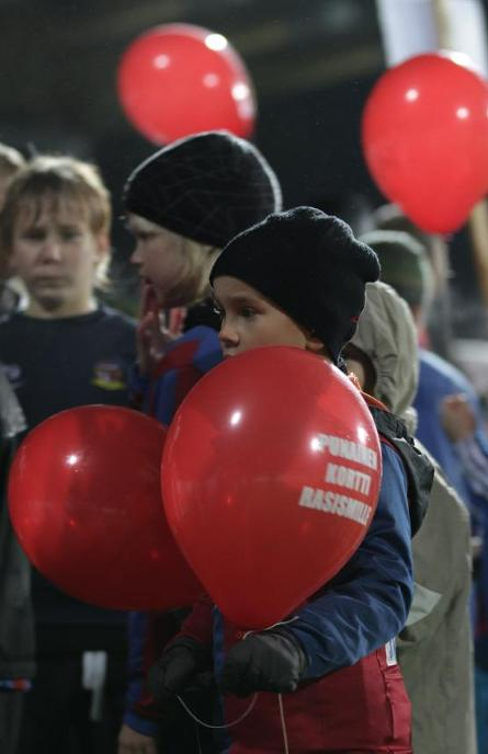 JJK juniors released the SRTRC red balloons