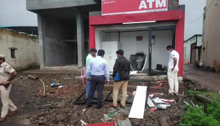 pune-crime-massive-explosion-at-atm-in-chakan-midc-the-type-that-happened-around-dawn