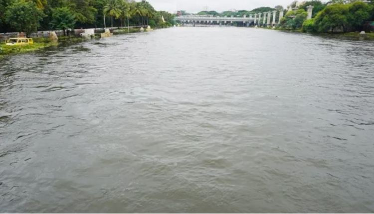 pune-rains-flood-threat-averted-in-pune-water-withdrawal-from-mutha-river-came-from-18-thousand-to-4-thousand-video
