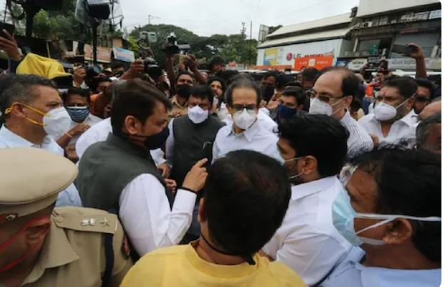 uddhav-thackeray-devendra-fadnavis-meeting-the-reason-behind-the-meeting-between-chief-minister-uddhav-thackeray-and-fadnavis-came-to-light-find-out-what-happened-in-the-meeting