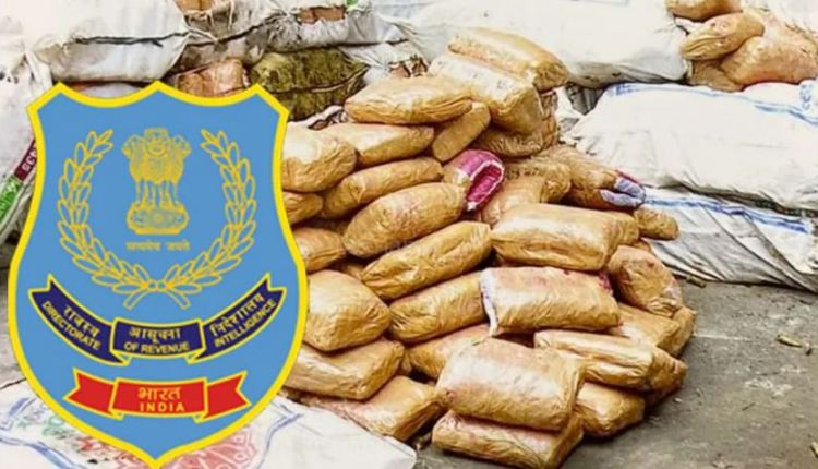 pune-crime-1878-kg-of-cannabis-worth-rs-3-75-crore-seized-from-a-truck-transporting-fruits-in-pune-6-arrested-by-revenue-intelligence-directorate