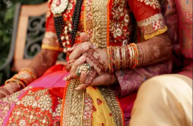 maharashtra-the-family-finally-bowed-before-the-love-of-a-married-girl-in-chandrapur-happy-ending-of-love-story-after-3-months-distance