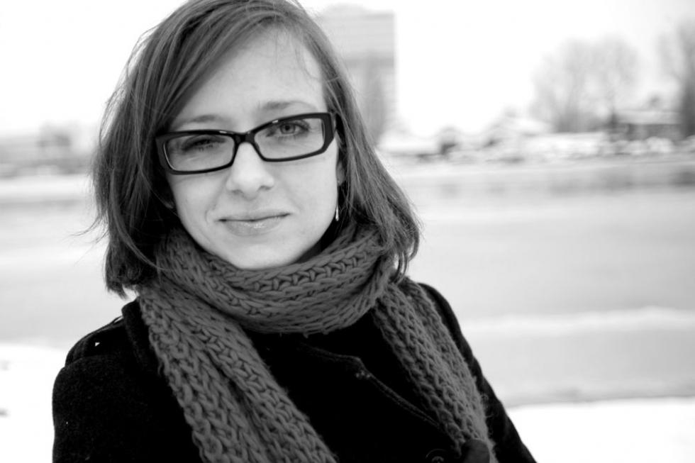 Danielle Schouten in Ford Focus RS Branddriven Tijdschrift voor Marketing knipoog