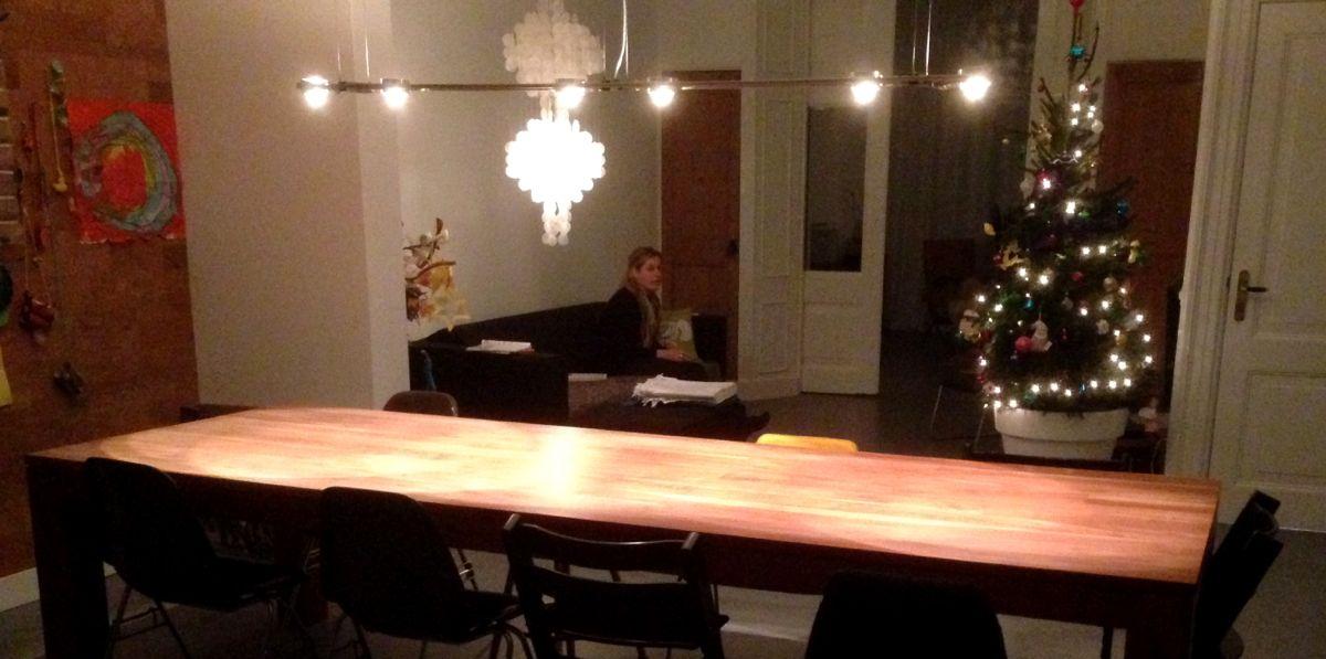 licht boven de tafel 1200