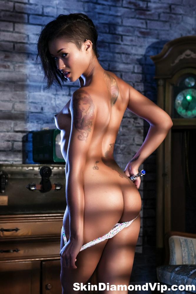 Skin diamond doctor who small tits alt tattooed booty nice ass black model