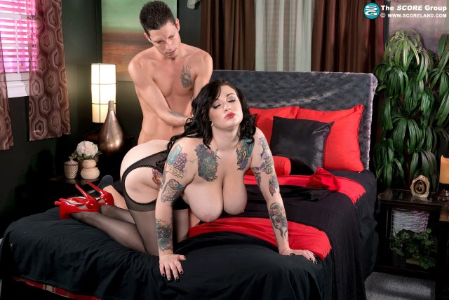 scarlet lavey scoreland busty tattooed curvy thick inked tease doggystyle