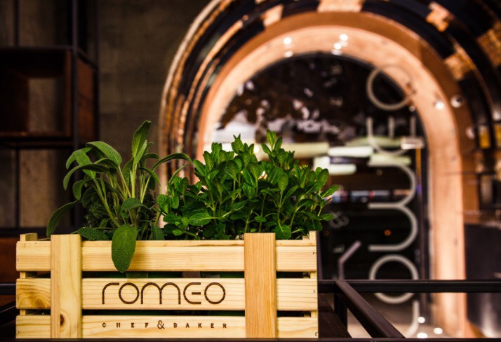 Romeo Roma
