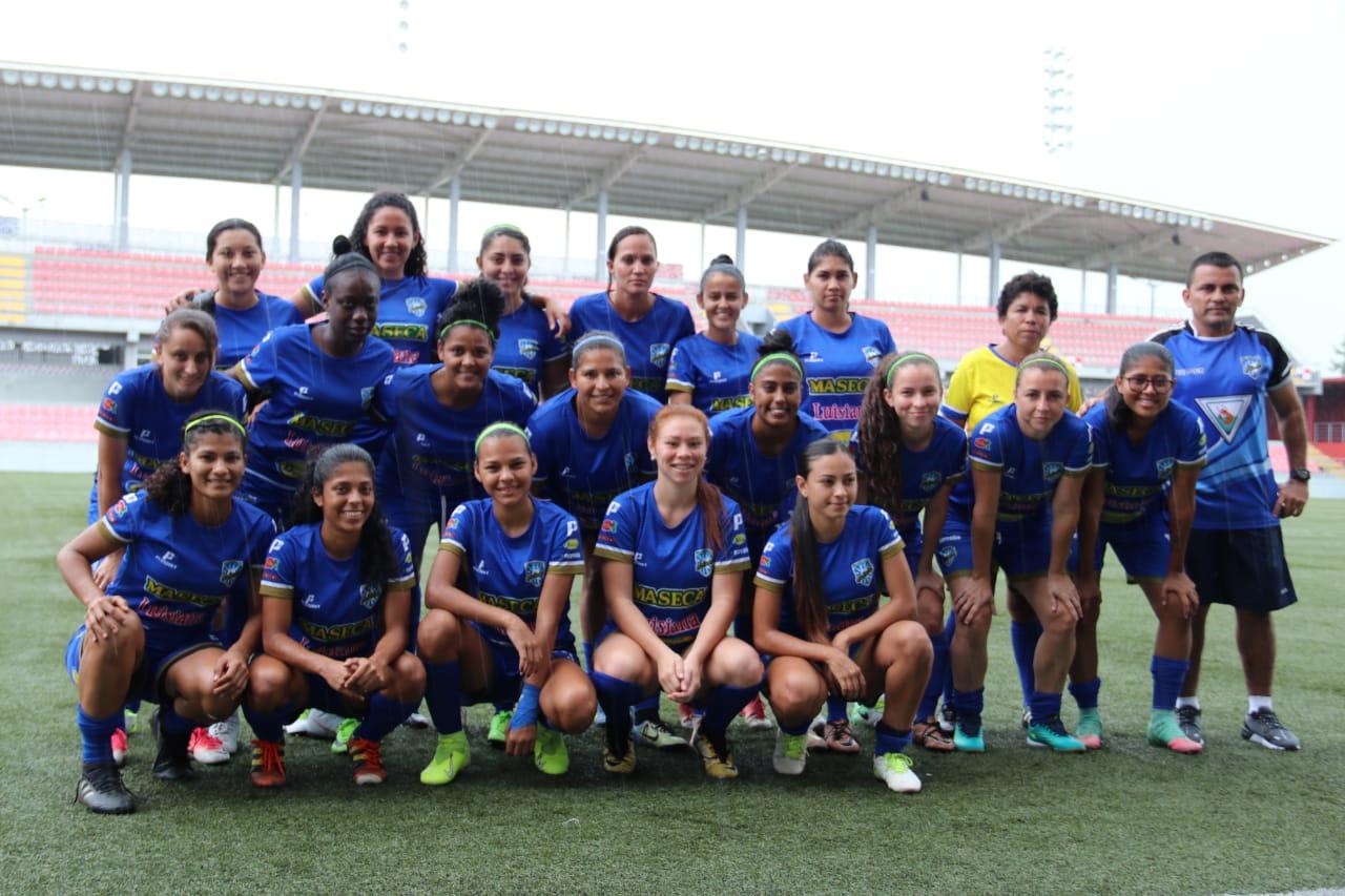 Photo of Puntarenas ganó torneo internacional de fútbol femenino