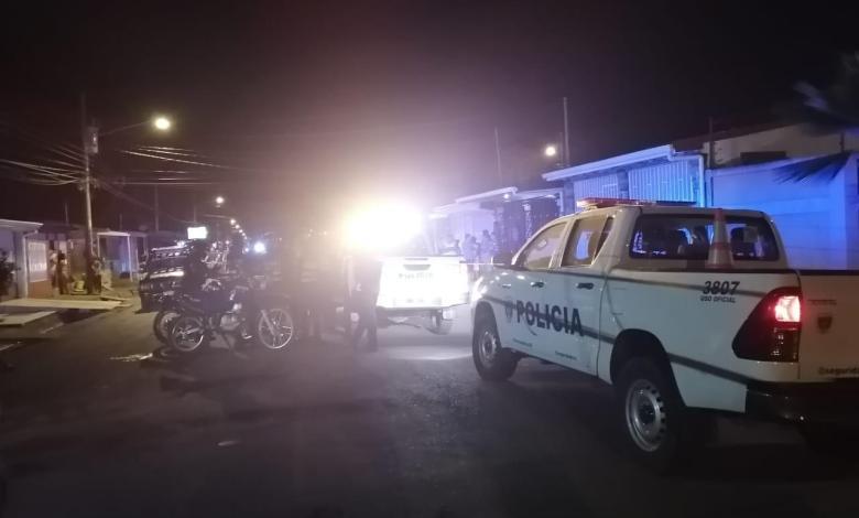 Photo of De varios disparos matan hombre en Puntarenas