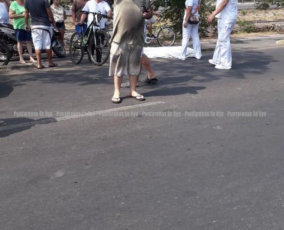 Photo of Hombre muere atropellado en Puntarenas