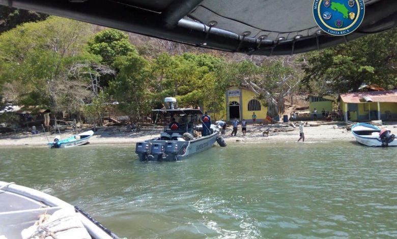 Photo of Guardacostas repartieron alimentos en Islas del Golfo de Nicoya