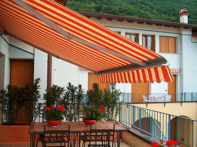 Outsunny tenda da sole per esterno avvolgibile a parete impermeabile in poliestere, rosso bordeaux 3x2.5m. Tende Da Sole In Promozioni Amelia Terni Umbria Roma Lazio