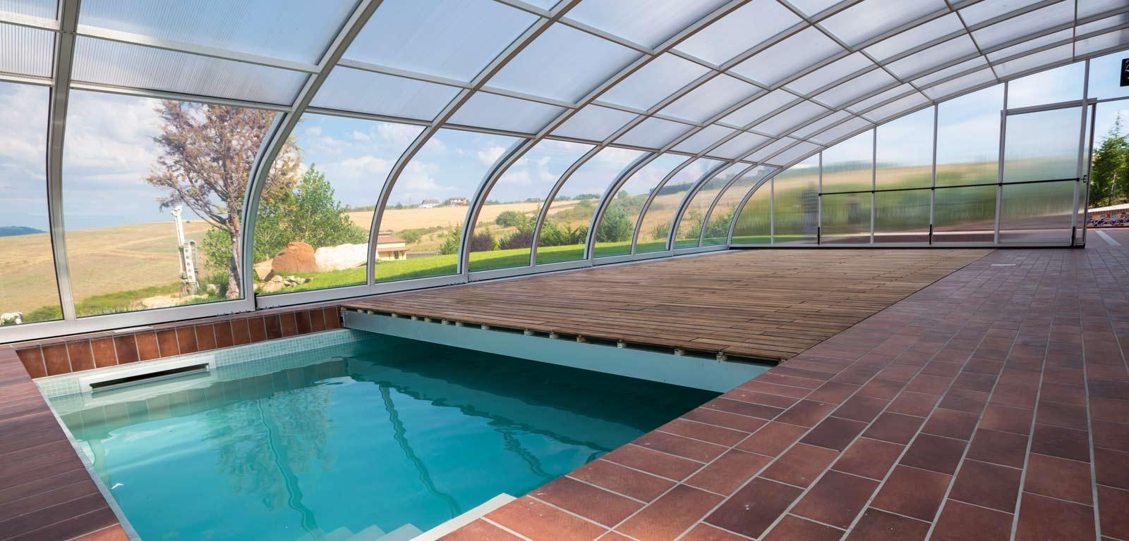 Piscine A Nocera Inferiore casetta in legno e copertura piscina necessitano del