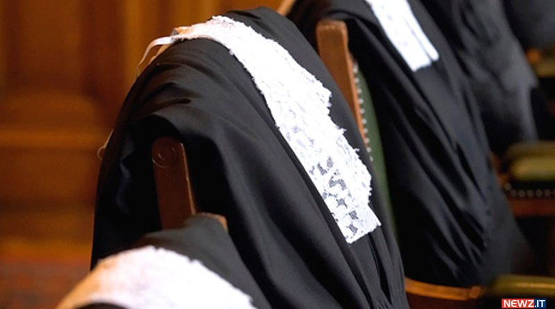 sospensione avvocato strepitus fori