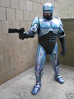 traje-robocop-3