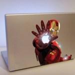 Increíble calco de Iron Man en una MacBook Pro