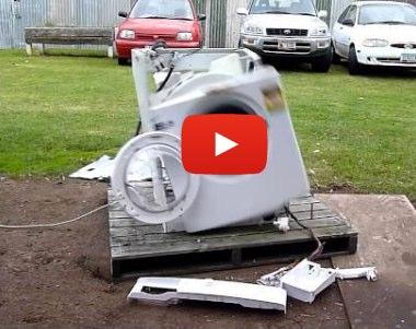 Haciendo funcionar una lavadora hasta su total destrucción   Punto Geek