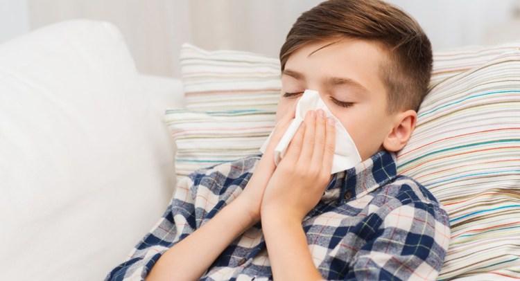 Cómo actuar ante la tos infantil y causas