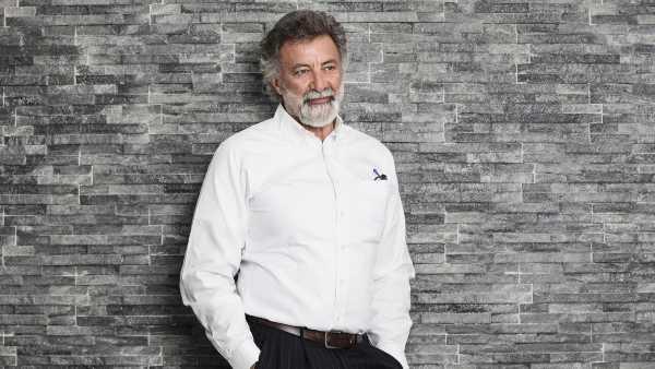 """Stasera in TV: Secondo appuntamento con """"In barba a tutto"""" - Su Ra3, conduce Luca Barbareschi"""