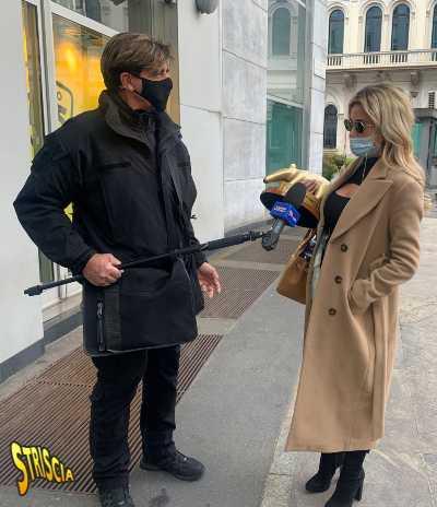 STRISCIA - TAPIRO D'ORO A DILETTA LEOTTA DOPO LE FOTO CON RYAN FRIEDKIN: «Sono scatti di dicembre, ero single. Sto ancora con Can Yaman»