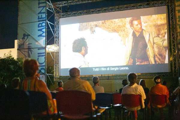 """SICILIAMBIENTE: Lennart Hüper regista di """"NO NEWS"""" in anteprima italiana - """"CANDLE IN BARBED WIRE"""" per i 60 anni di Amnesty International"""