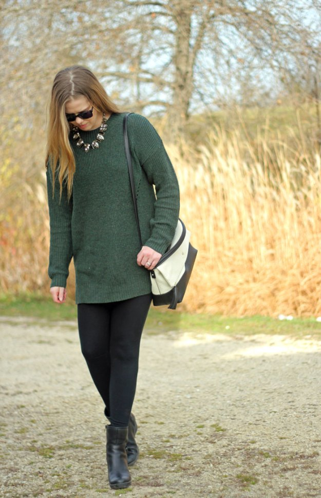 Nordstrom green sweater tunic, leggings, booties, Kate Spade purse, Chloe + Isabel necklace | Puppies & Pretties