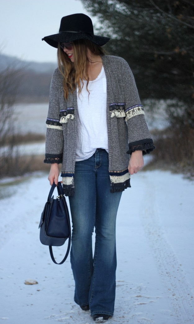 Boho Fringe Cardigan: SheIn cardigan, flare jeans, white tee, floppy hat, Kate Spade bow bag | Puppies & Pretties