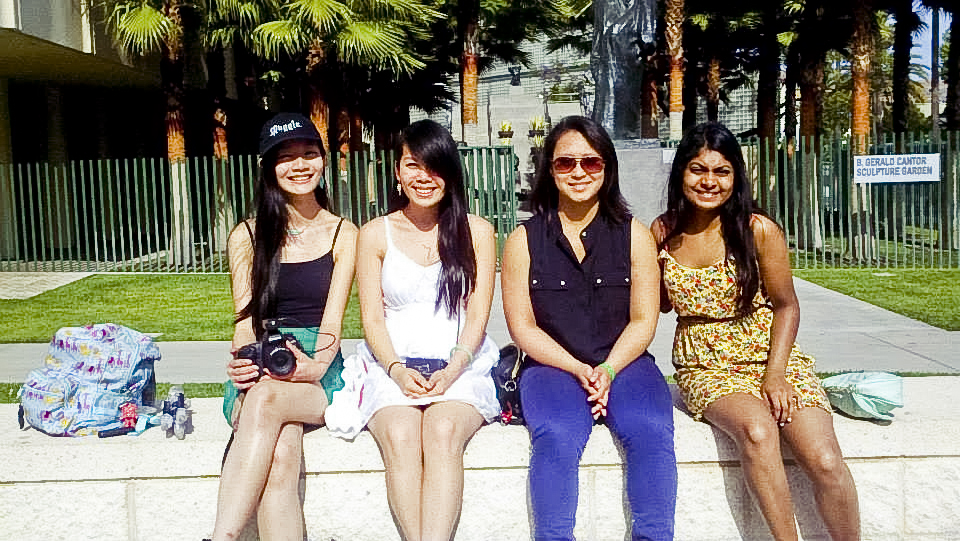 Group photo at LACMA. Ren, Lilli, Ela, and Nam.