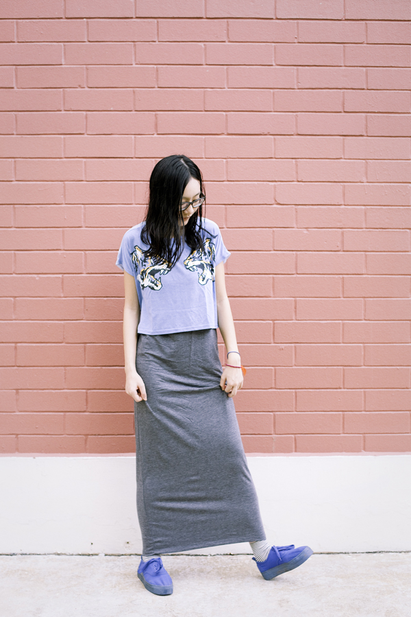 OOTD wearing Forever 21 grey maxi dress, NA NI tiger crop top, Accessorize striped fox socks, H&M blue platform shoes.