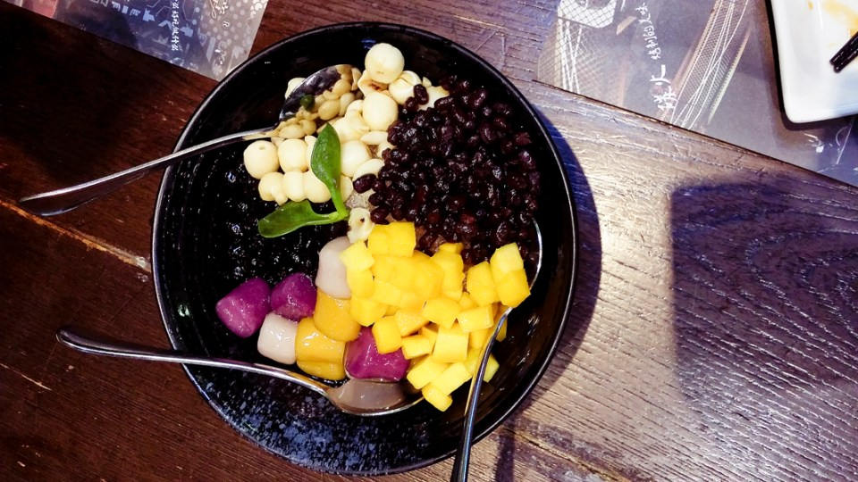 Mango Dessert Bowl (招牌芒果芋圆) at The Grandma's (外婆家), Hangzhou.