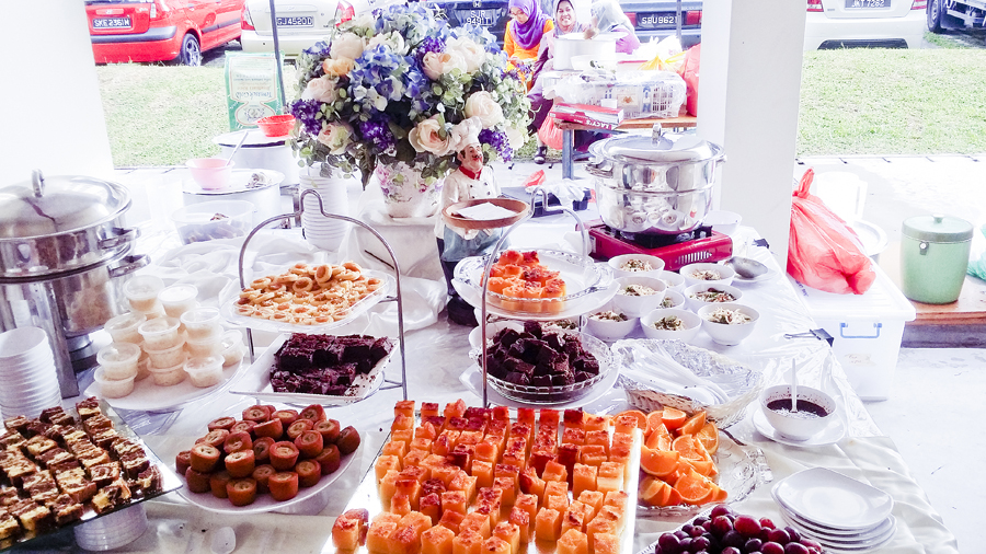Dessert table at Azi & Darwis' wedding.