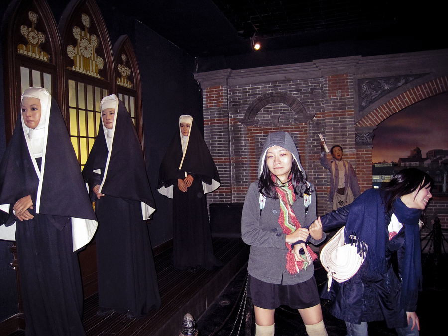 At the wax history museum at the Oriental Pearl, Shanghai. Photo by Puey.