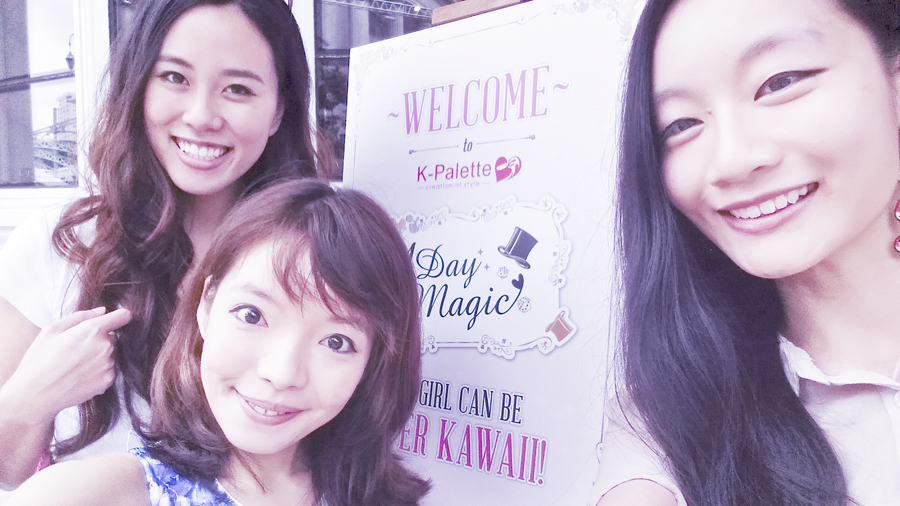 Selfie with bloggers at the K-Palette Magic Beauty Workshop entrance at the Boathouse Restaurant.