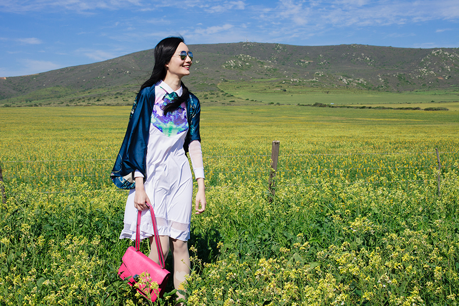 Flowery outfit in Darling, South Africa: Kae Hana white mesh Rorschach dress, Dressin.com blue phoenix kimono cardigan, dressin.com mirror sunglasses, Nine West pink satchel, MoE printed tights.