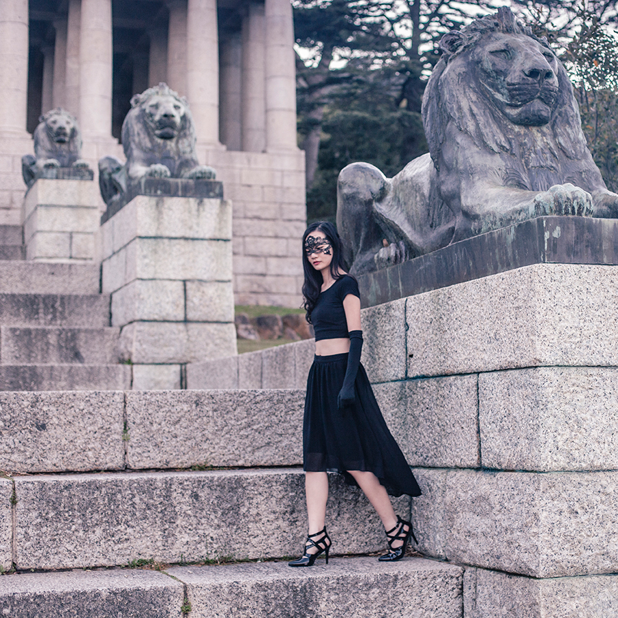 Photoshoot at Rhodes Memorial, Table Mountain National Park, Cape Town, South Africa.