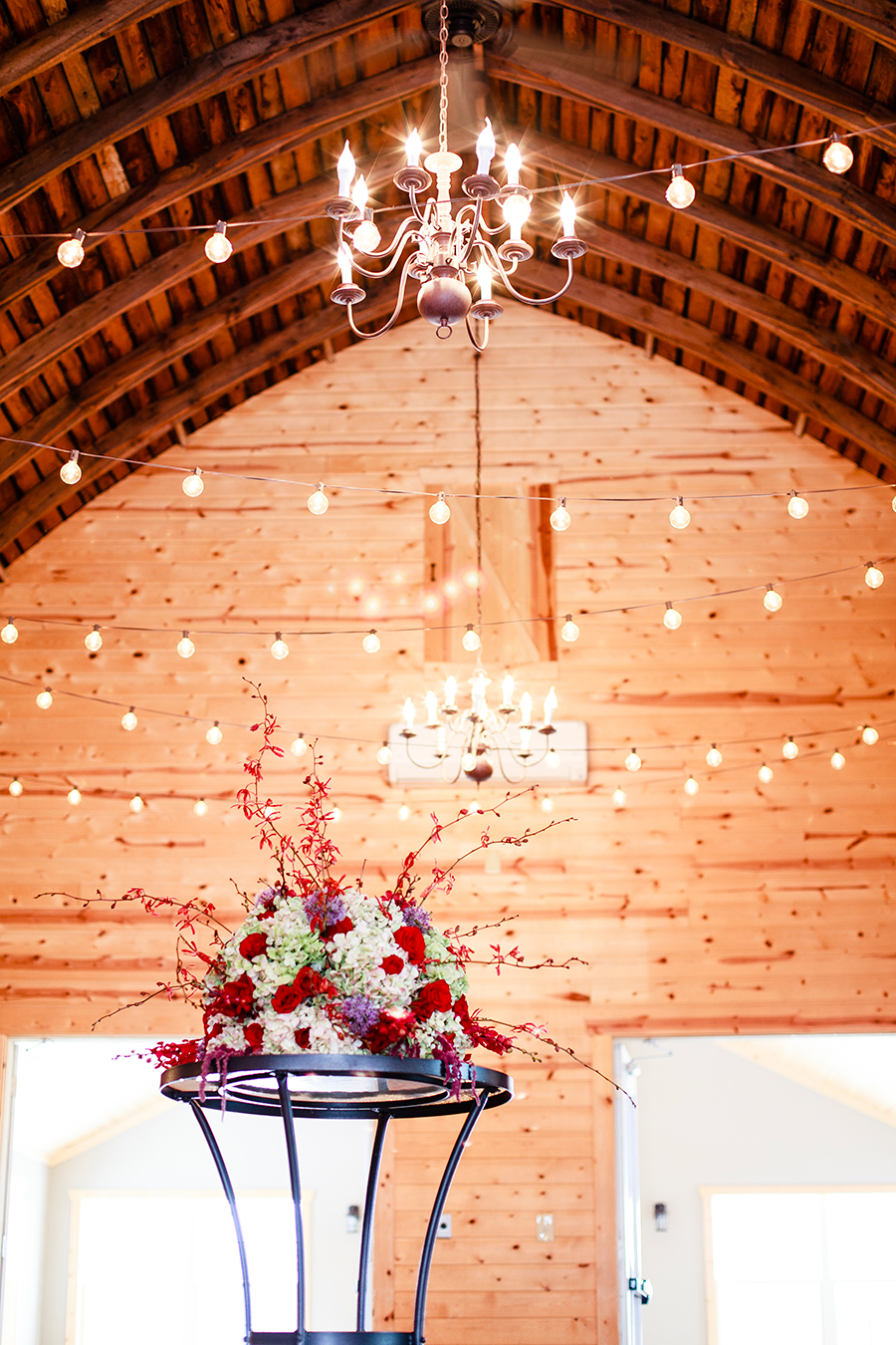 Floral bouquet and fairy lights at the Rustic Oaks, Moorhead Minnesota, USA