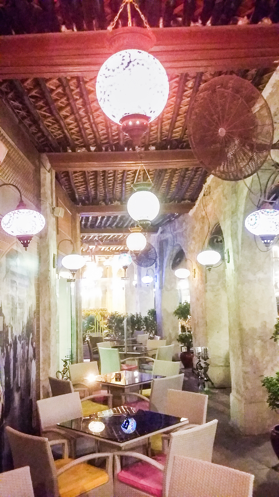 Cafe at Souq Waqif (سوق واقف), Doha, Qatar.