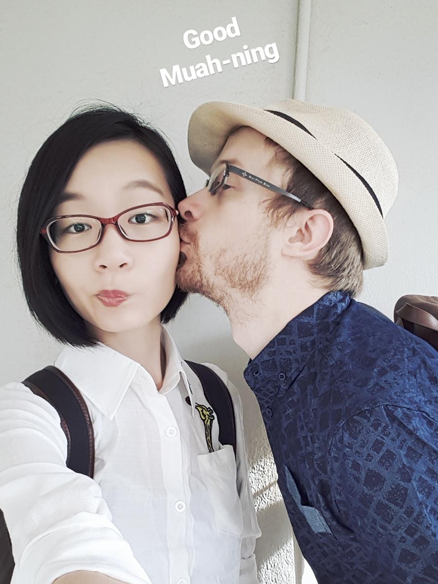 Instagram Stories punny selfie: good muah-ning.