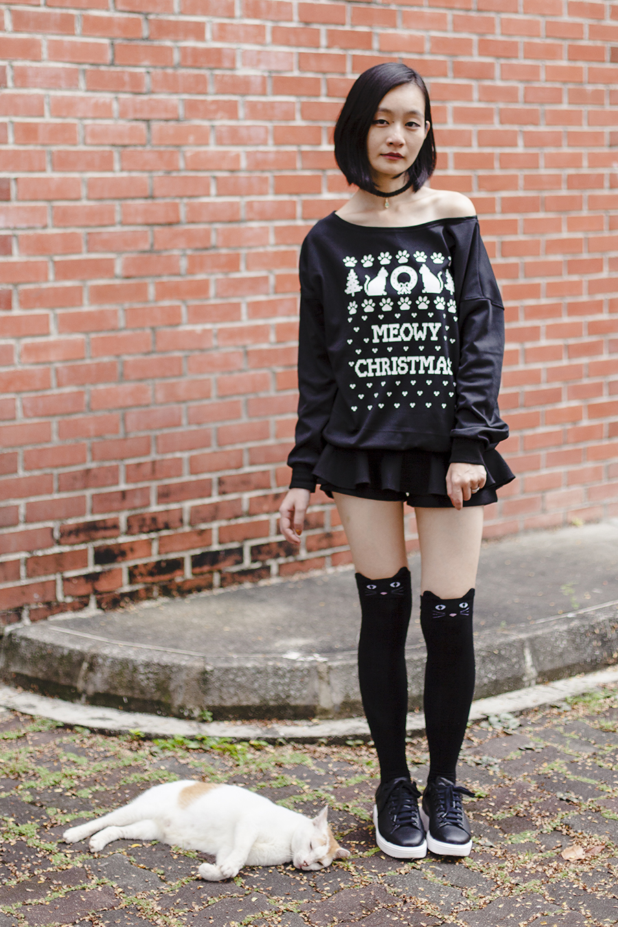 Meowy Christmas outfit: Black knee high cat socks, Dresslily Meowy Christmas sweater, Dresslily christmas tree lace choker necklace, Mango black leather sneakers.