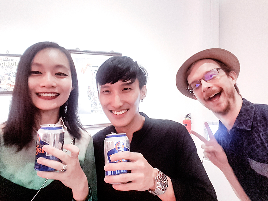 Chan + Hori Contemporary Mojoko 'Sick Scents' exhibition opening night: Tiger beer with Daryl Goh.
