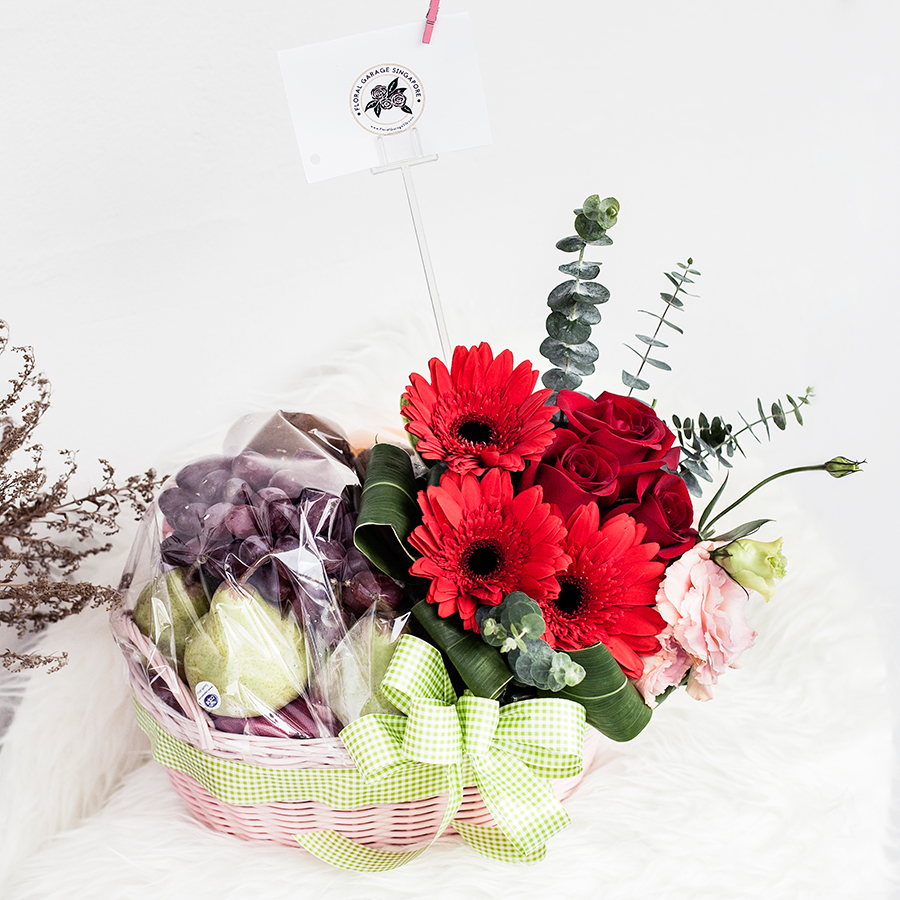 Floral Garage SG Fruit Hamper.