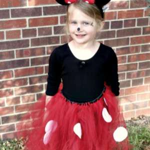 How to Make the Most Adorable Minnie Mouse Costume in Under an Hour
