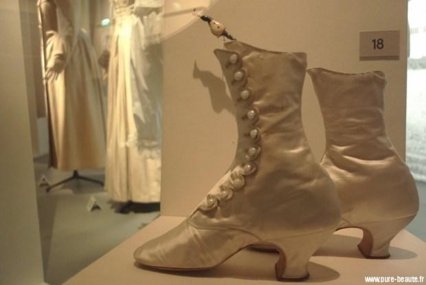 boutons sur bottines expo déboutonner la mode