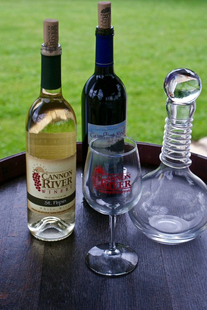 wedding-and-event-planner-duluth-mn-cannon-river-winery
