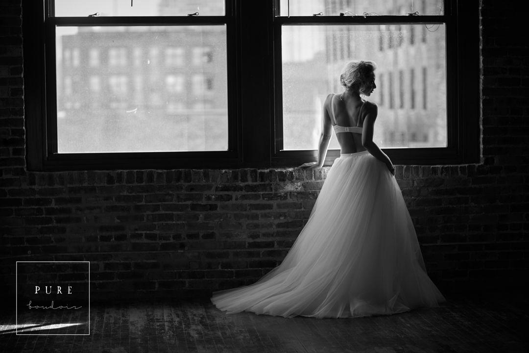 bridal boudoir photo shoot