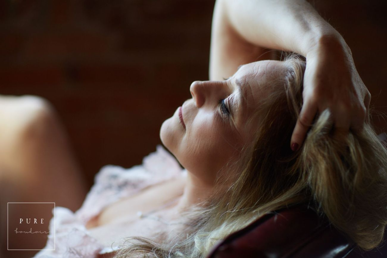 chicago boudoir portrait photography - Middle Age Boudoir Session - Beautiful At Any Age.
